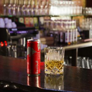 getränke whisky red bull